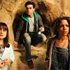 Sophia Carr-Gomm, Marco Esparza, and Jade Johnson in World's End (2015)