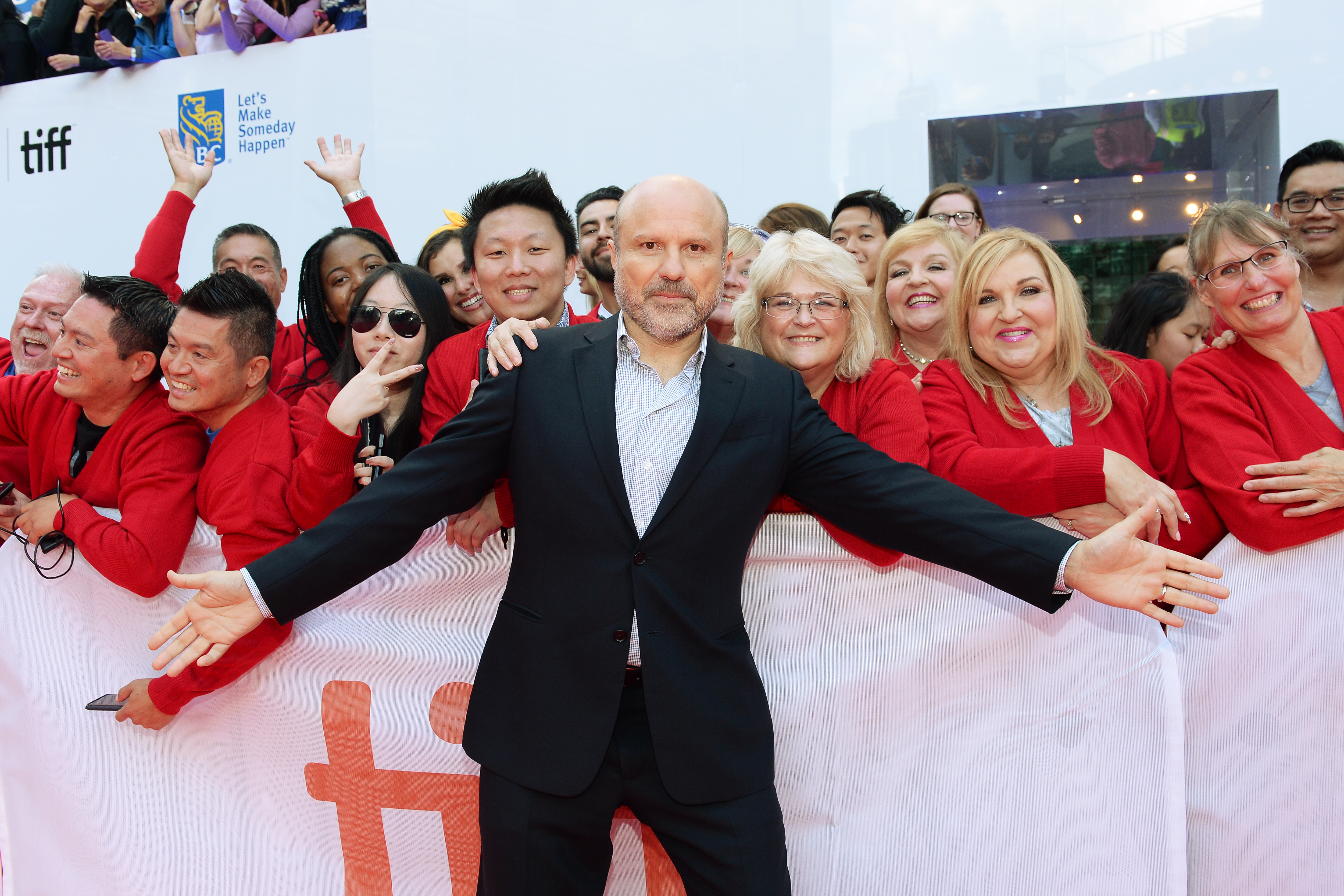Enrico Colantoni at an event for A Beautiful Day in the Neighborhood (2019)