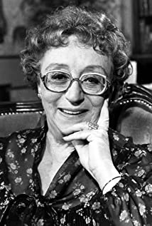 Thora Hird Picture