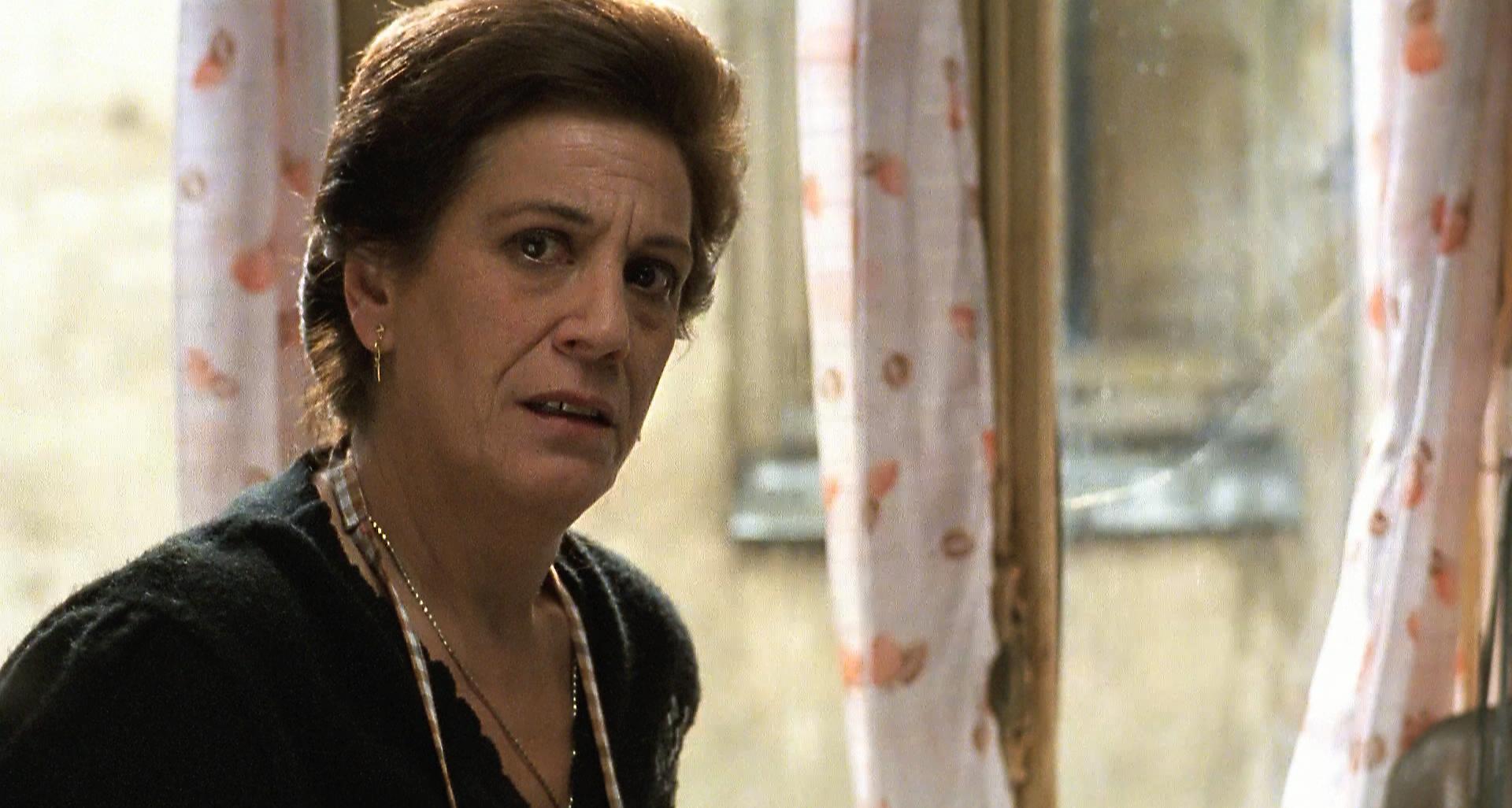 Terele Pávez in El día de la bestia (1995)