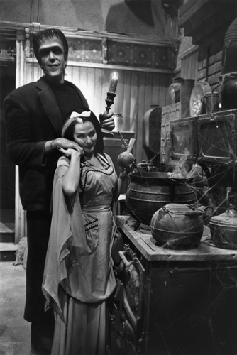 Yvonne De Carlo and Fred Gwynne in The Munsters (1964)