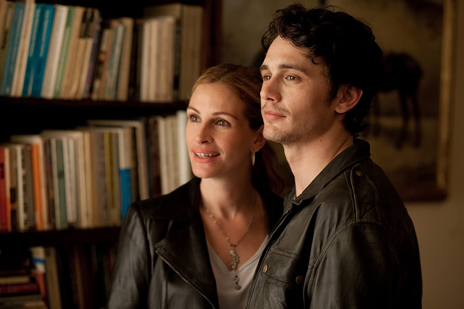 Julia Roberts and James Franco in Eat Pray Love (2010)