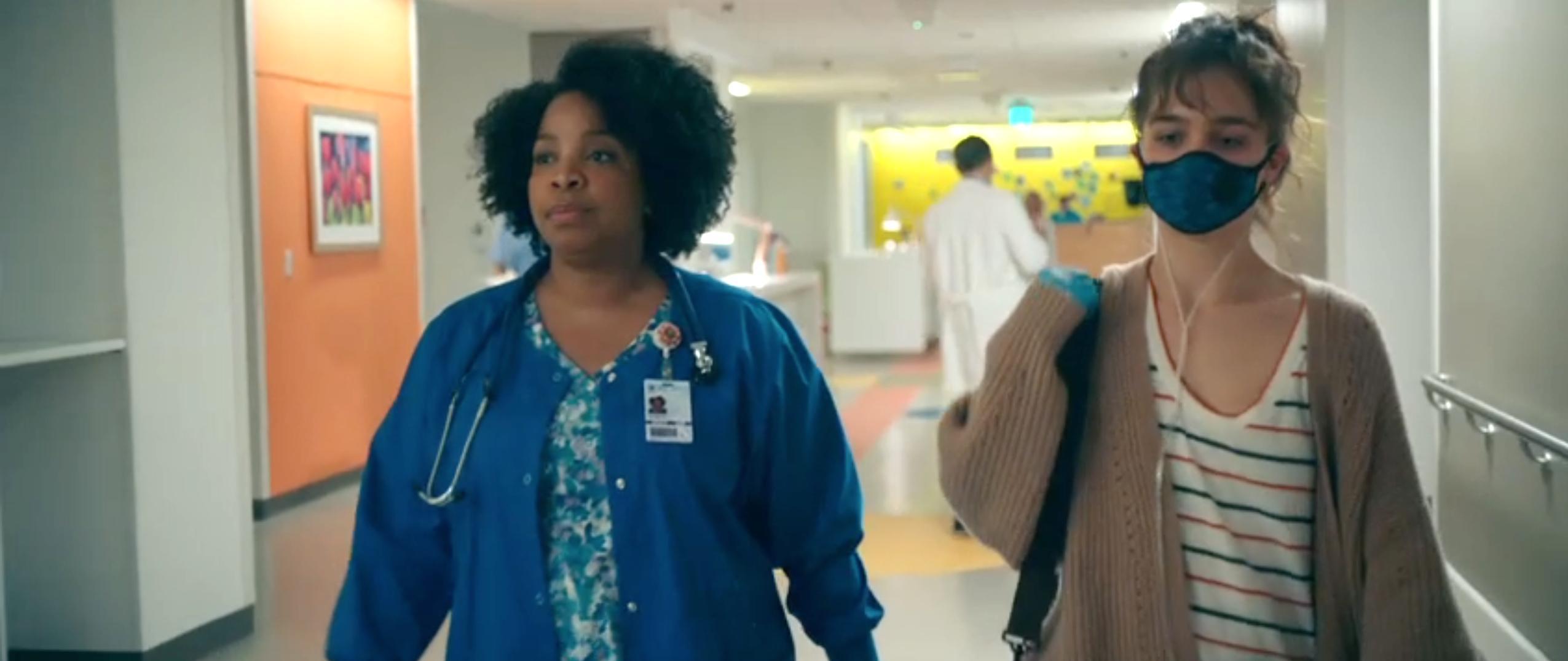 Kimberly Hebert Gregory and Haley Lu Richardson in Five Feet Apart (2019)