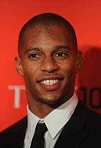 Primary photo for Victor Cruz