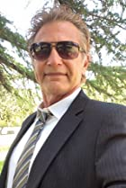 Steve Hanks