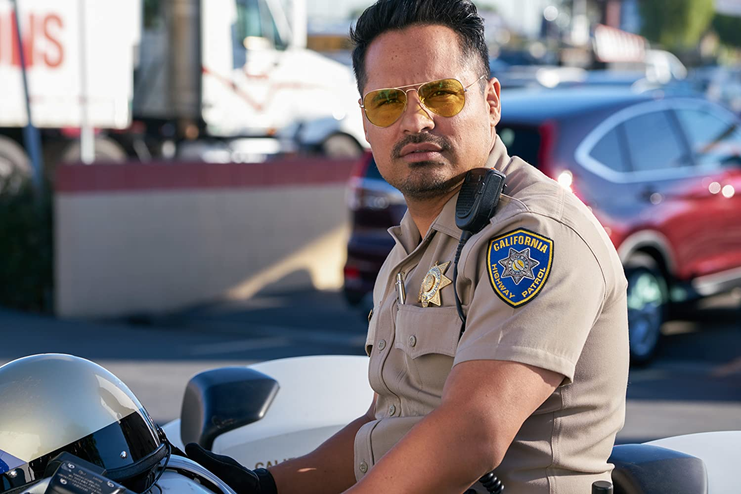 Michael Peña in CHIPS (2017)