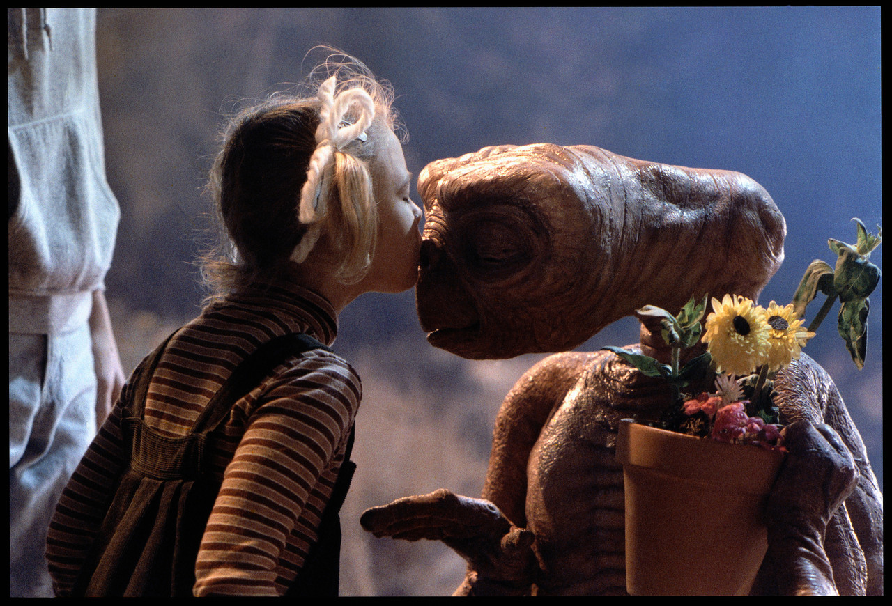 et the extra terrestrial 1982 full movie download
