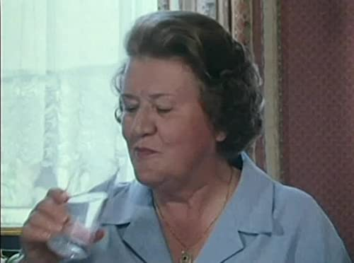 Hetty Wainthropp Investigates: Pursuit By Proxy