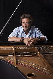 Claude Foisy Picture