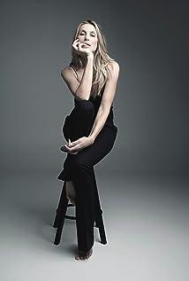 Natalia Safran Picture