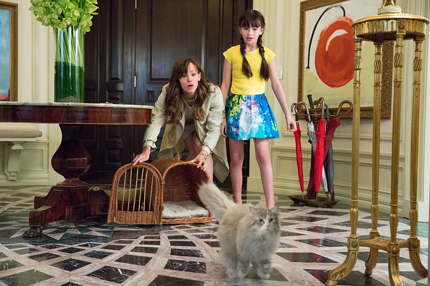 Jennifer Garner and Malina Weissman in Nine Lives (2016)
