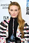 Riley Keough To Headline Amazon Series 'Daisy Jones & The Six', Niki Caro To Direct