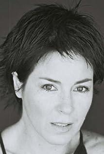 Yvonne Caro Caro Picture