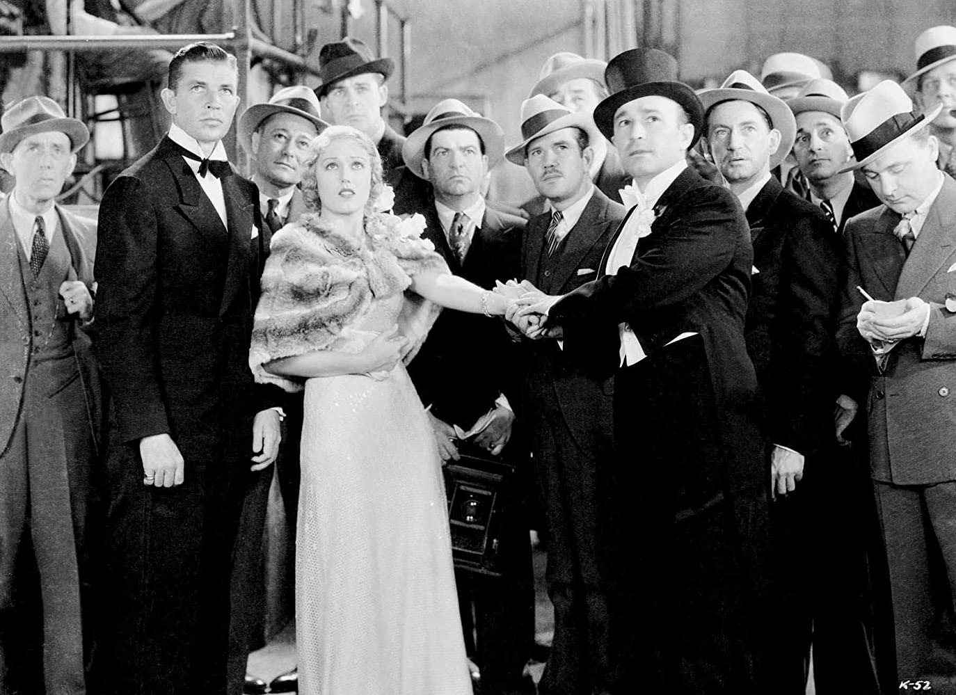 Walter Ackerman, Robert Armstrong, Roscoe Ates, Eddie Boland, Harry Bowen, Lynton Brent, Bruce Cabot, Frank Mills, and Fay Wray in King Kong (1933)