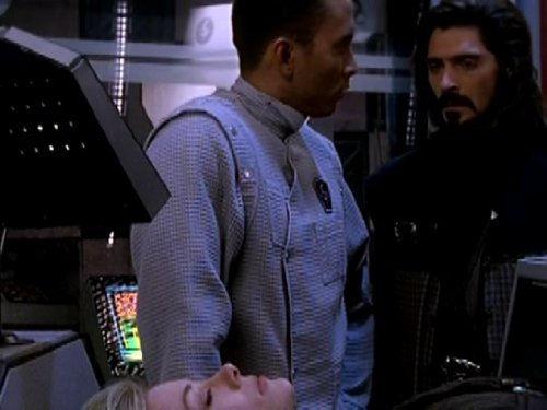 Richard Biggs and Jason Carter in Babylon 5 (1993)