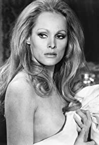 Primary photo for Ursula Andress