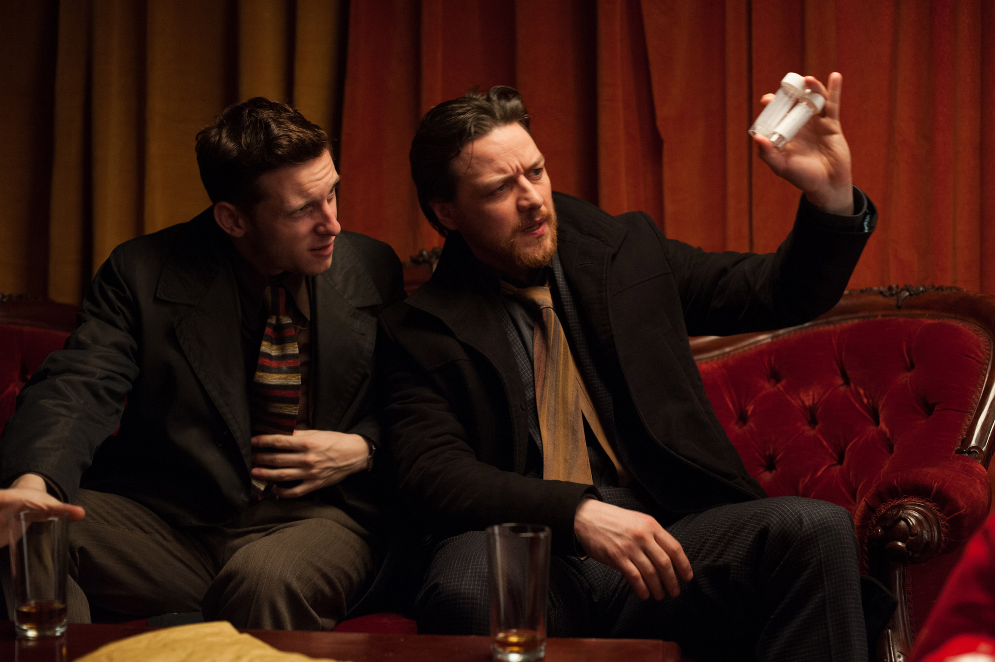 Jamie Bell and James McAvoy in Filth (2013)