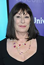 Anjelica Huston's primary photo