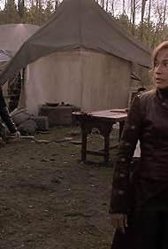 Rachel Luttrell and Jewel Staite in Stargate: Atlantis (2004)