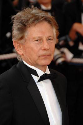 Roman Polanski at an event for Chacun son cinéma ou Ce petit coup au coeur quand la lumière s'éteint et que le film commence (2007)