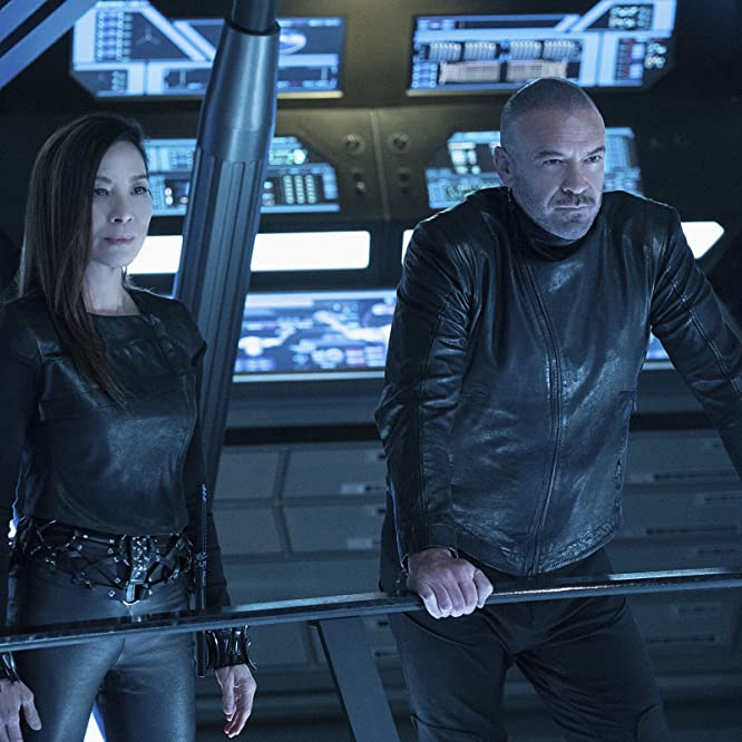 Michelle Yeoh and Alan Van Sprang in Star Trek: Discovery (2017)