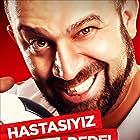 Sevket Çoruh in Çakallarla Dans 2: Hastasiyiz Dede (2012)