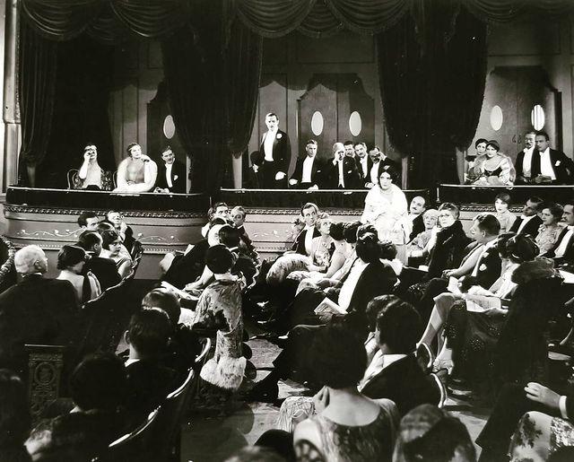 Earl Metcalfe, Antonio Moreno, Pauline Starke, and Lilyan Tashman in Love's Blindness (1926)