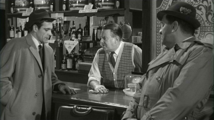 Sean Connery, Robert Cawdron, and Stuart Saunders in The Frightened City (1961)