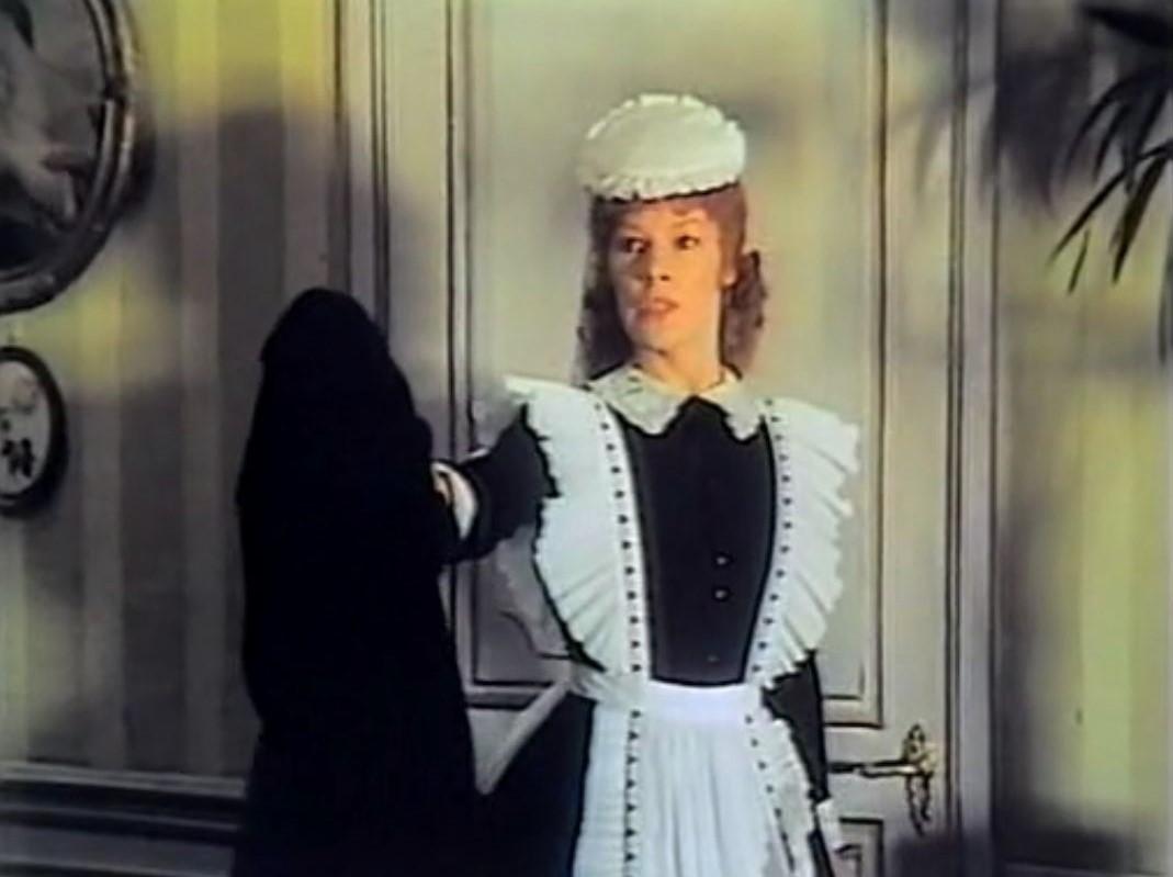 Glenda Jackson in The Incredible Sarah (1976)