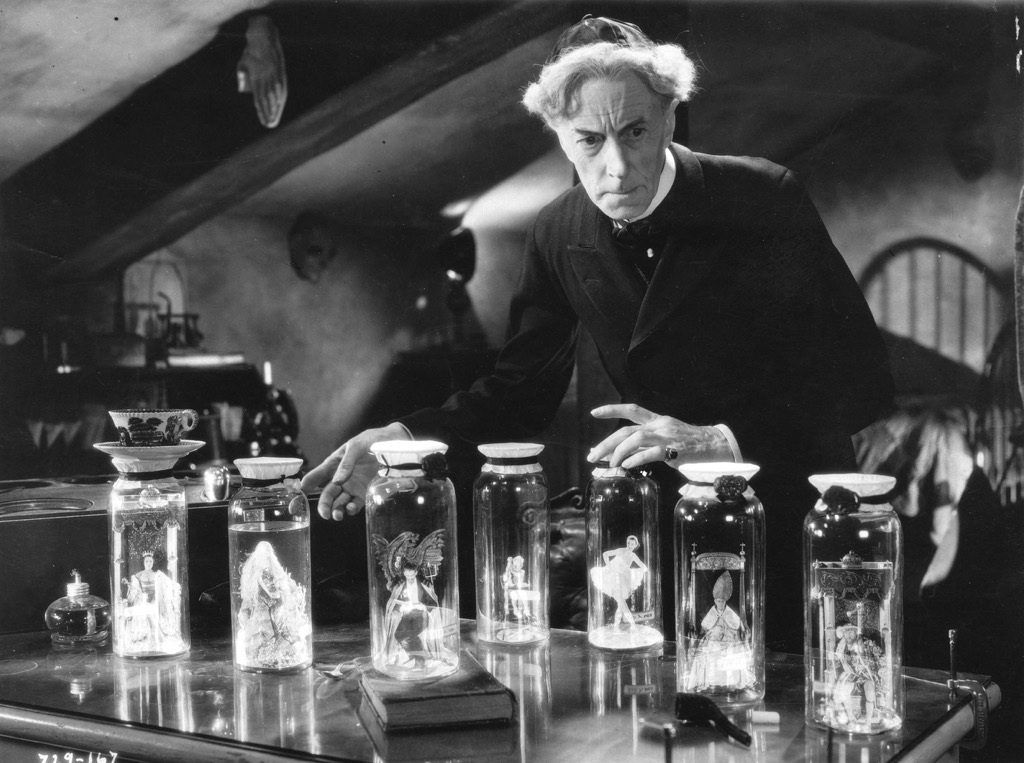 Ernest Thesiger in The Bride of Frankenstein (1935)