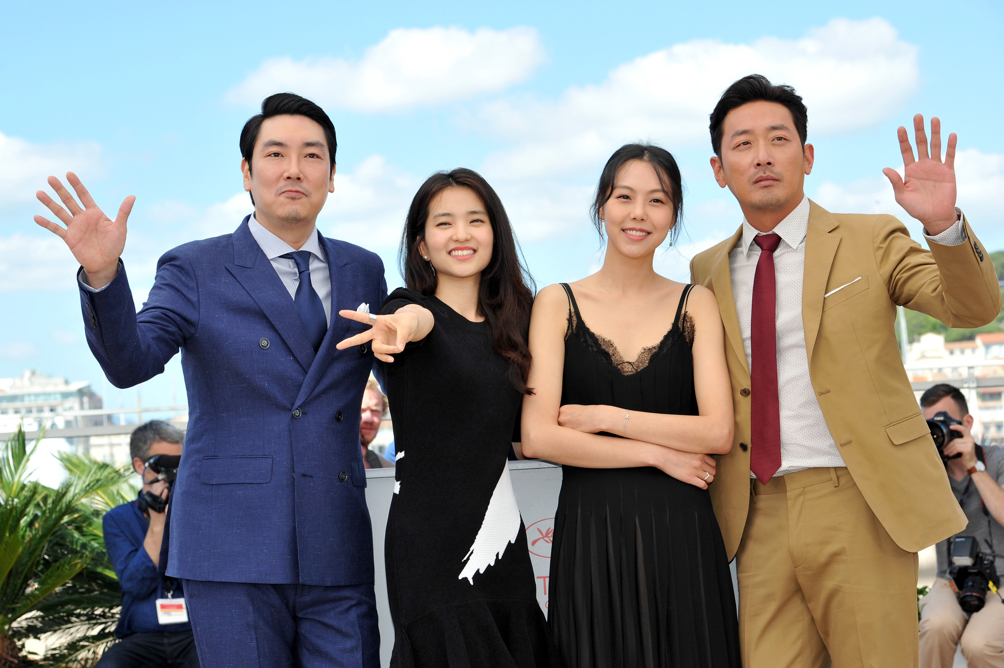 Kim Min-hee, Ha Jung-woo, Cho Jin-woong, and Kim Tae-ri at an event for Ah-ga-ssi (2016)