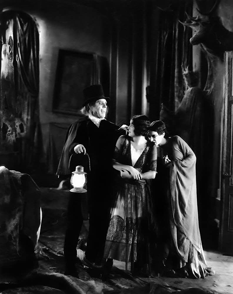 Lon Chaney, Marceline Day, and Edna Tichenor in London After Midnight (1927)