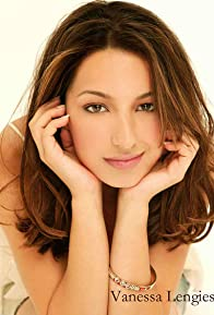 Primary photo for Vanessa Lengies