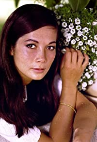 Primary photo for Nancy Kwan