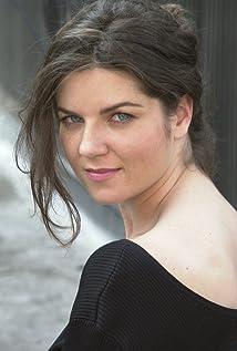 Teresa Castracane Picture