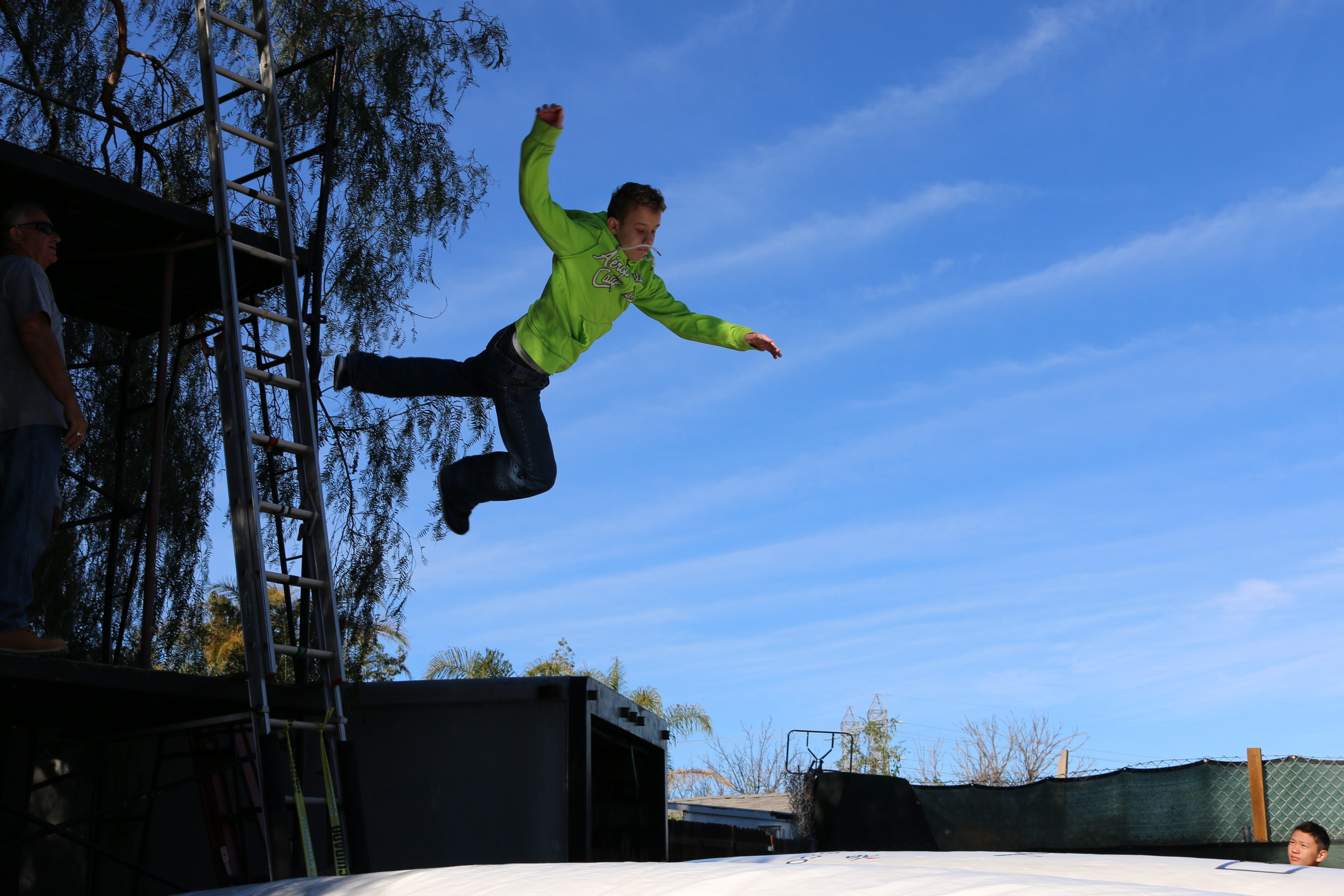 Carsen Warner doing falls jump - Stunt Kids