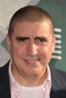 Alfred Molina Picture