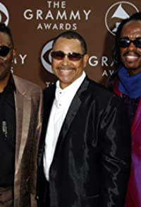 Primary photo for Earth Wind & Fire