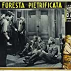 Humphrey Bogart, Arthur Aylesworth, George Guhl, Porter Hall, and Joe Sawyer in The Petrified Forest (1936)