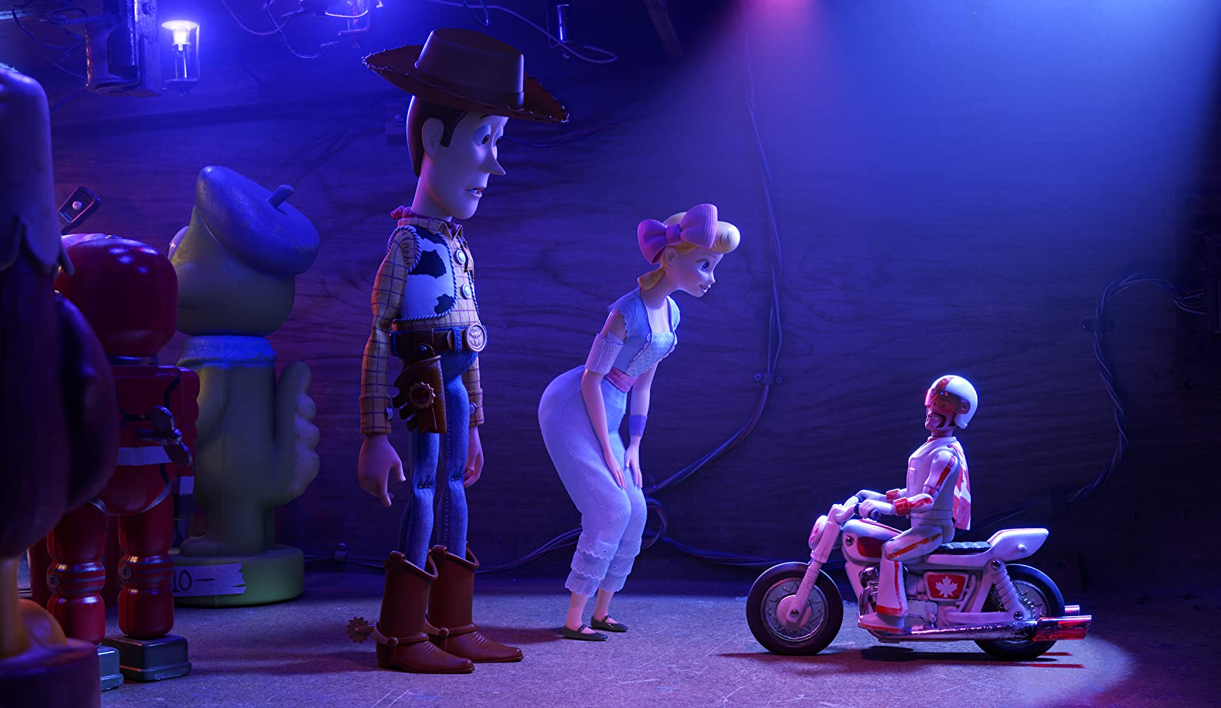 Tom Hanks, Keanu Reeves, and Annie Potts in Toy Story 4 (2019)