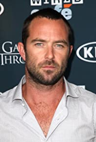 Primary photo for Sullivan Stapleton