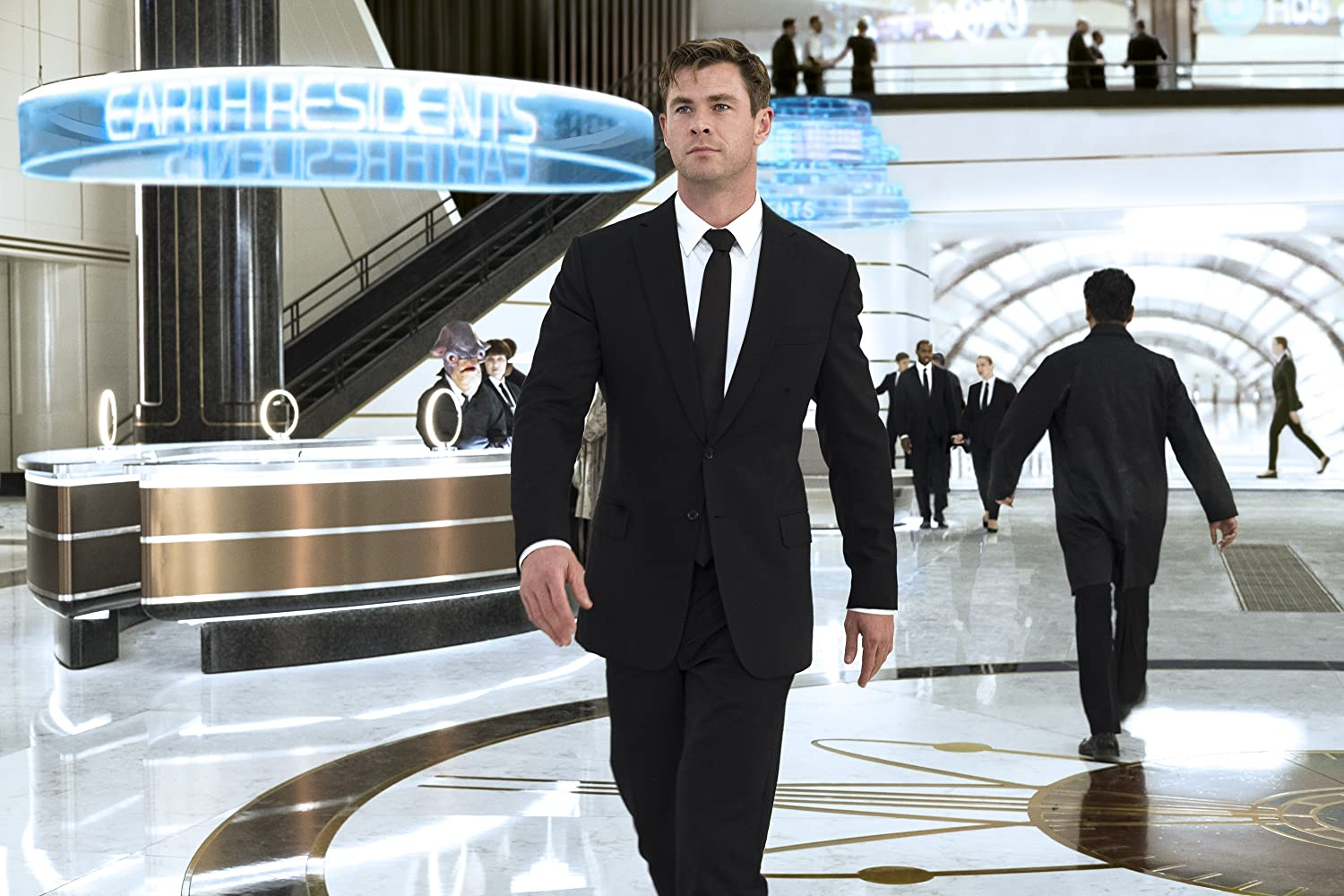 Chris Hemsworth in Men in Black: International (2019)