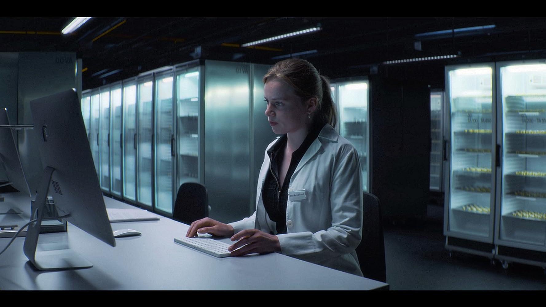 Biohackers 1.Sezon İndir Yabancı Dizi Ekran Görüntüsü 1