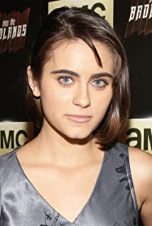Ally Ioannides Picture