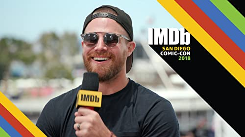 """""""Arrow"""" Cast Gush Over Stephen Amell, Tease """"Batwoman"""" Crossover"""