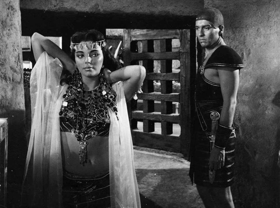Joan Collins and Sydney Chaplin in Land of the Pharaohs (1955)