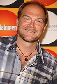 Primary photo for Les Stroud