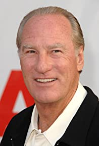 Primary photo for Craig T. Nelson