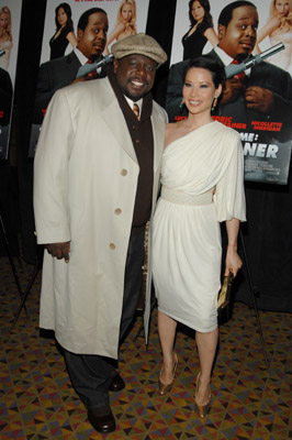 Lucy Liu and Cedric the Entertainer at an event for Code Name: The Cleaner (2007)