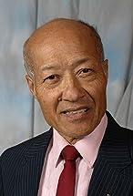 Aki Aleong's primary photo